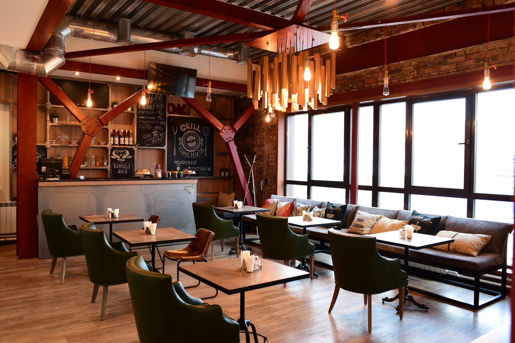 Успешный ресторан на barstreet в центре города