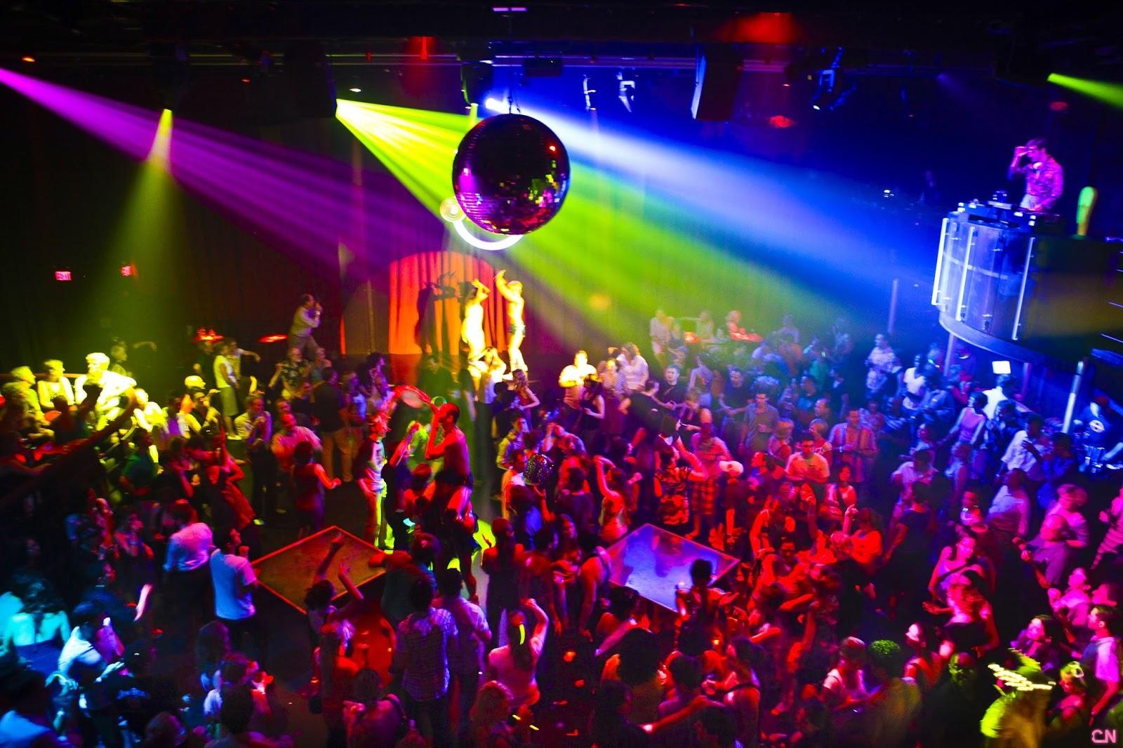 Клуб-бар в центре города с подтвержденной прибылью
