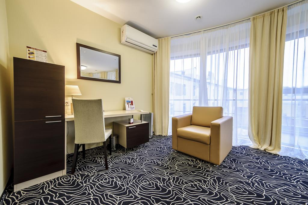 Апарт-отель  Нежилой фонд Аренда 108 000