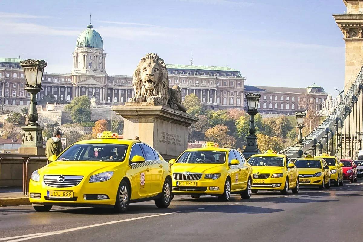 Такси Свои машины Прибыль от 260000