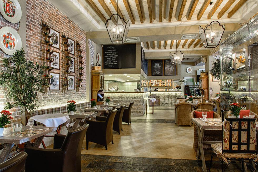 Ресторан в центре читая прибыль от 298 962 руб/мес