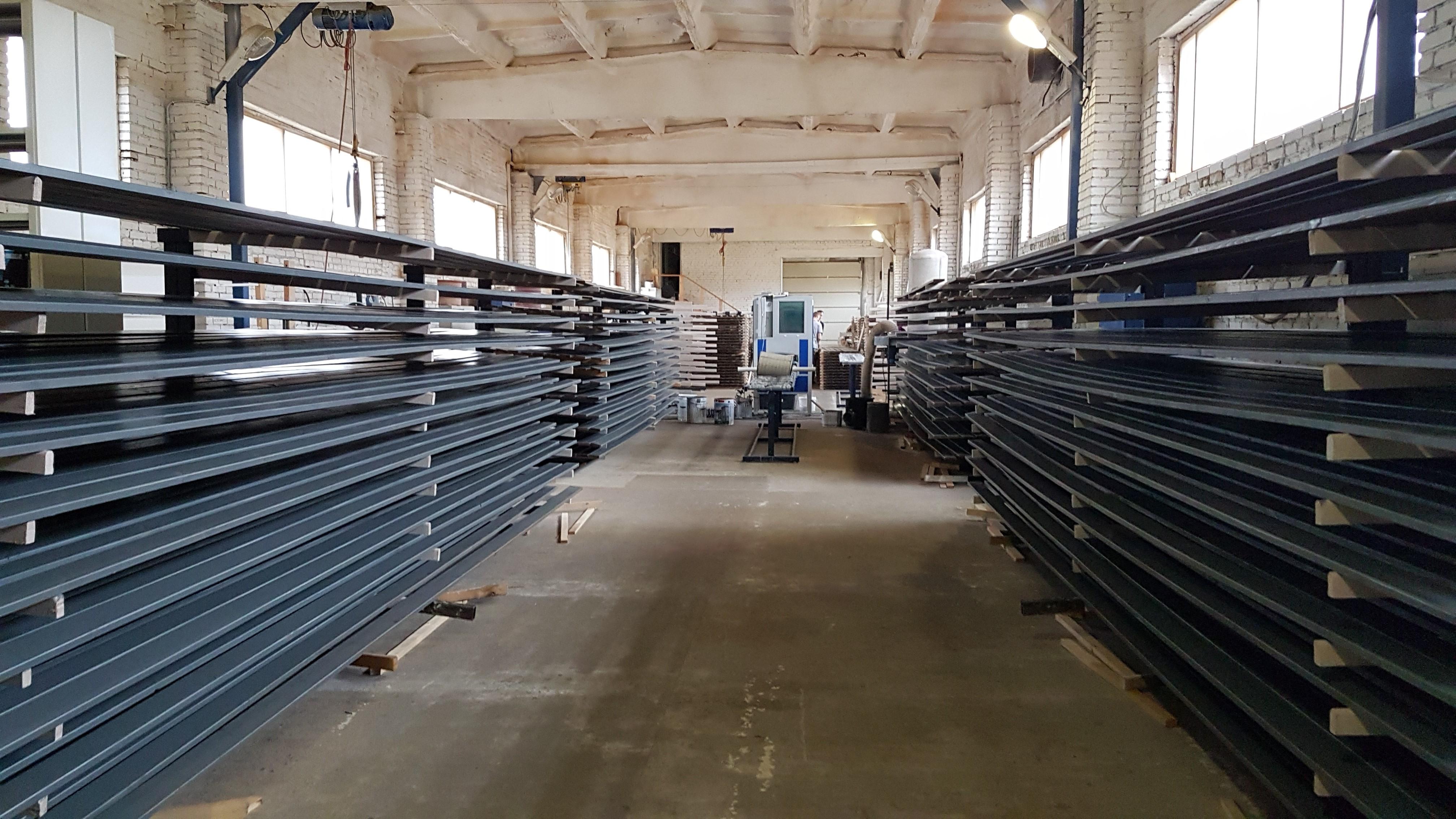 Производство готовых погонажных изделий