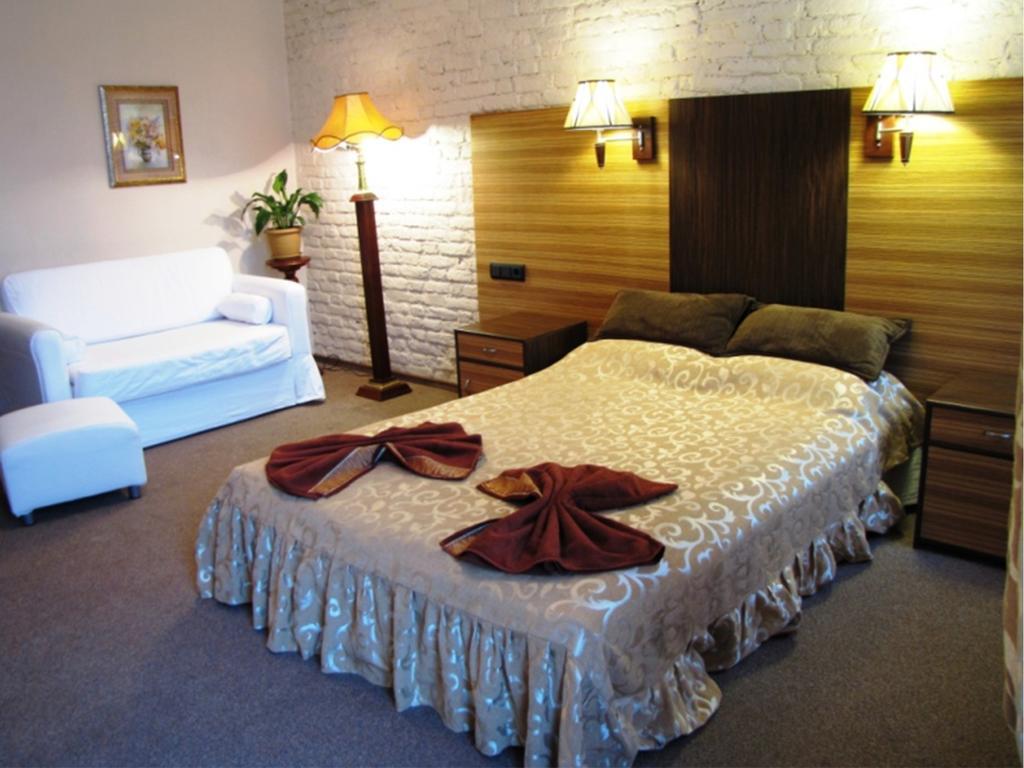 Отель на 8 номеров Нежилой фонд 2 звезды