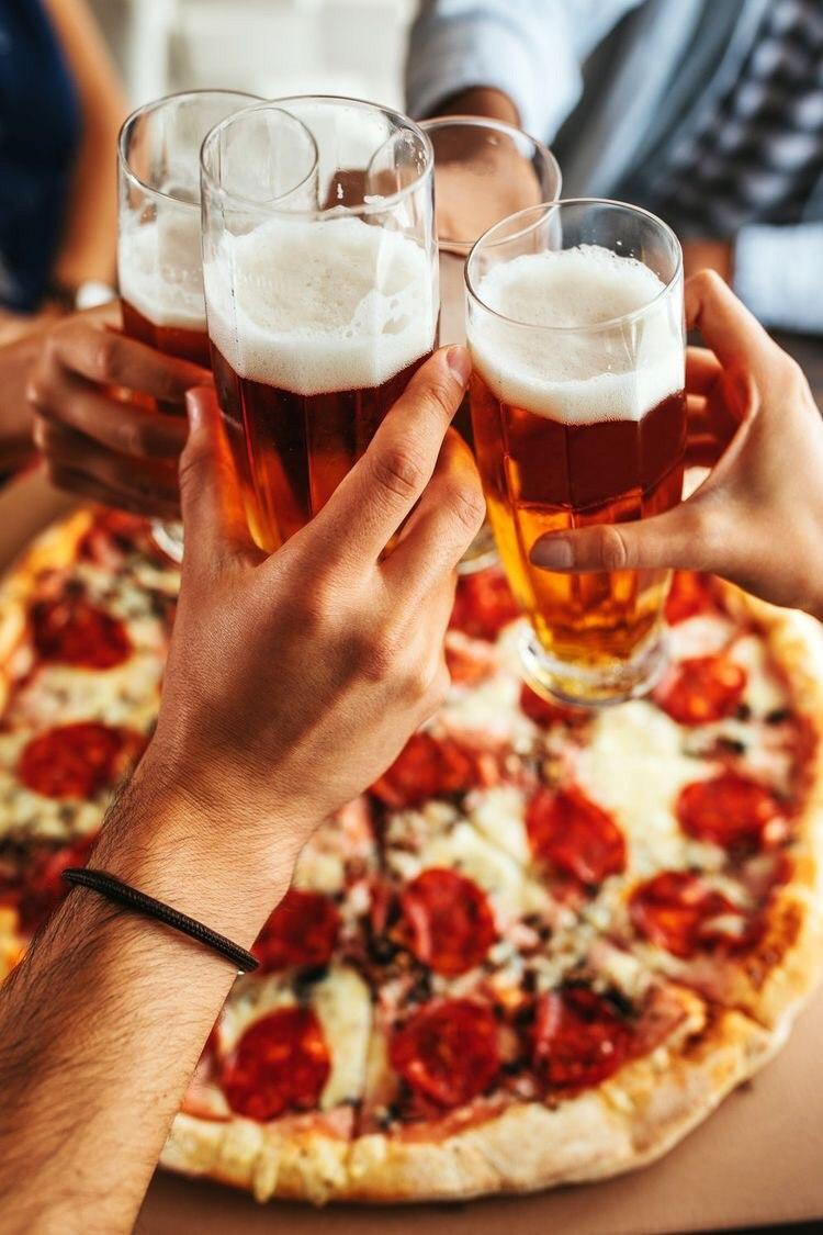 Магазин разливного пива с доставкой роллов, пиццы