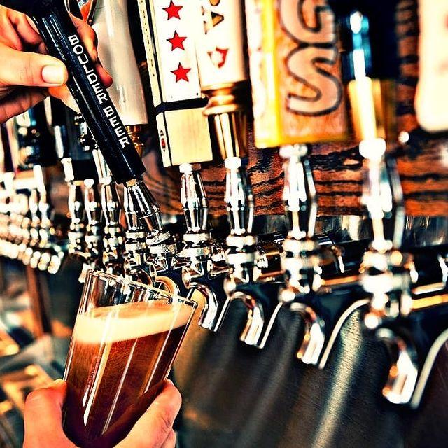 Магазин разливного пива с посадочными местами