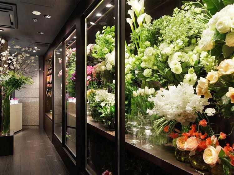 Цветочный магазин в павильоне