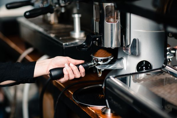 Точка формата кофе с собой в БЦ