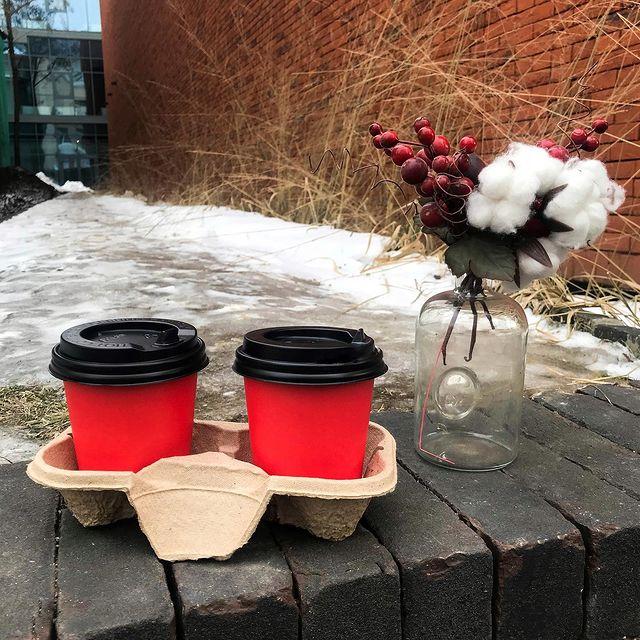 """Кофейня формата """"кофе с собой"""". Рядом с Невским пр"""