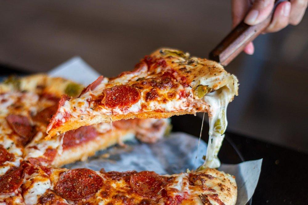 Пиццерия с шеф-поваром из Италии. Петроградская