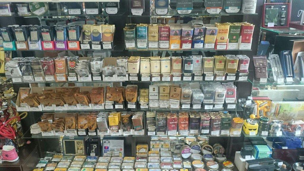Табачная лавка на территории гипермаркета