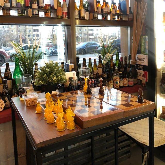 Магазин-бар в Приморском районе
