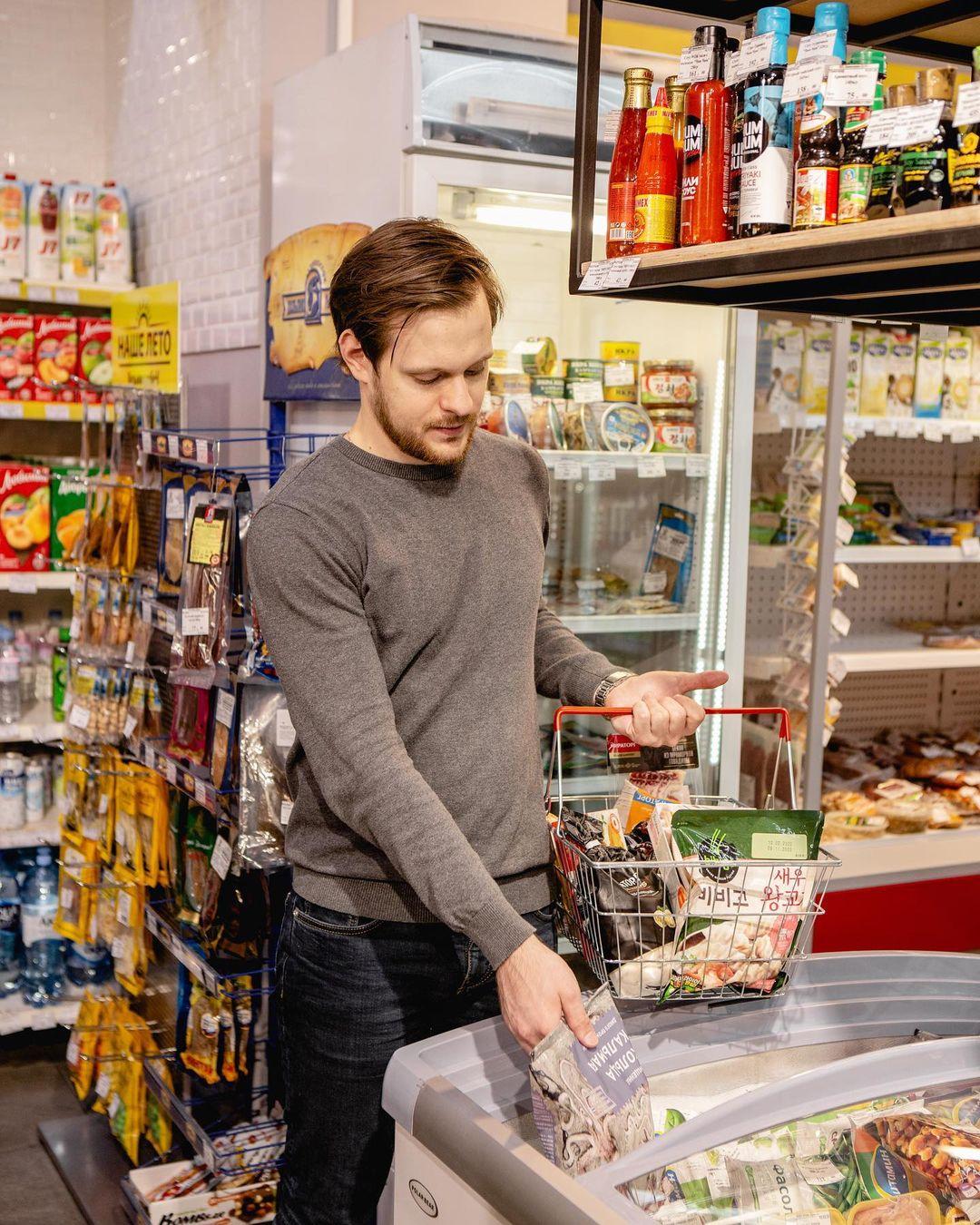 Продуктовый магазин в Невском районе