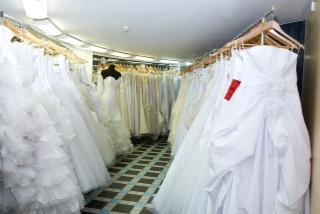 Самый крупный в России свадебный салон