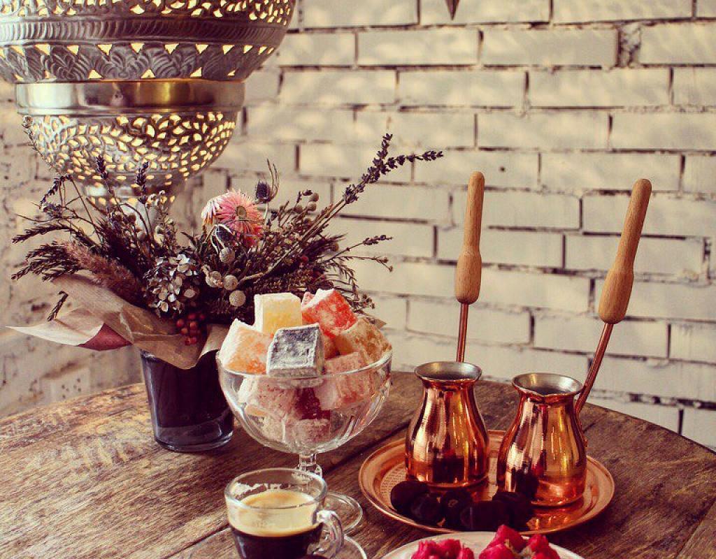 Кафе-бутик восточных сладостей на наб. р. Фонтанки