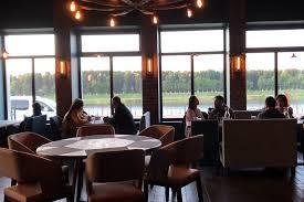 Ресторан европейской кухни в новом квартале.