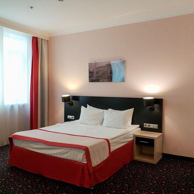 Отель 3* на Невском проспекте. 5 лет на рынке