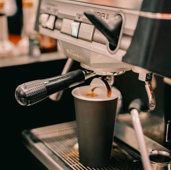 """Кофейня формата """"кофе с собой"""" в центре у метро"""