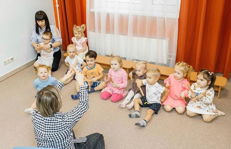 Детский центр в спальном районе