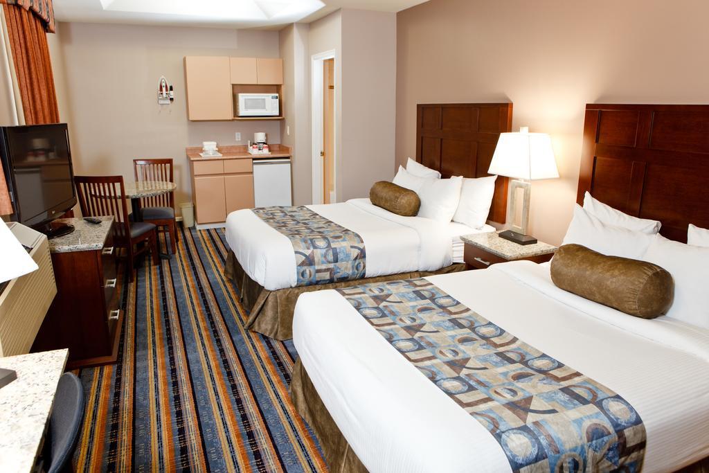 Отель в центре города – 21 номер с СУ, нежилой фонд