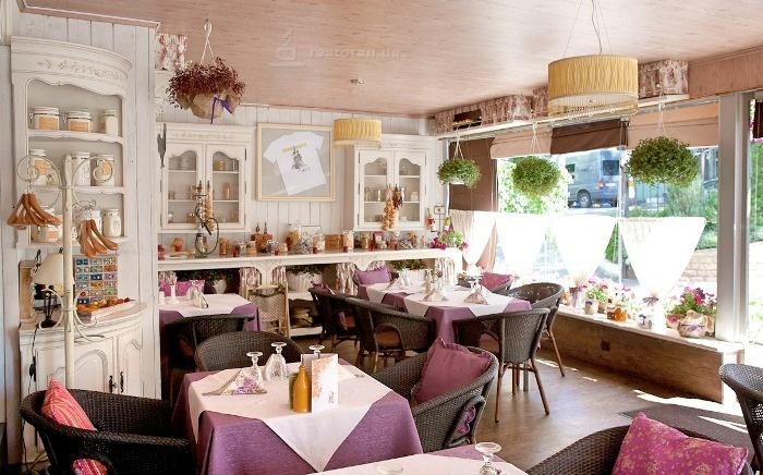 Ресторан в центре Санкт-Петербурга. Продается 50%-ная доля