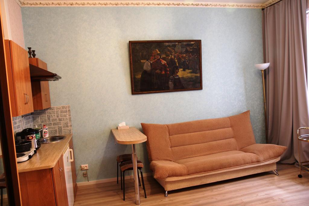 Апартаменты на 3 студии в Центральном районе с с/у в номерах