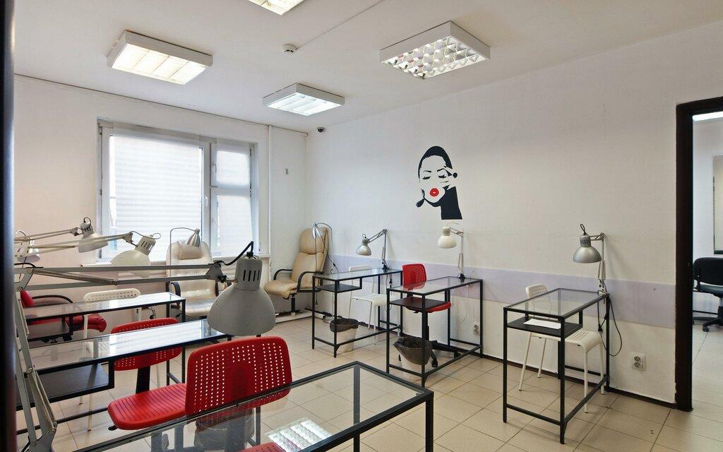 Учебный центр для мастеров из сферы красоты