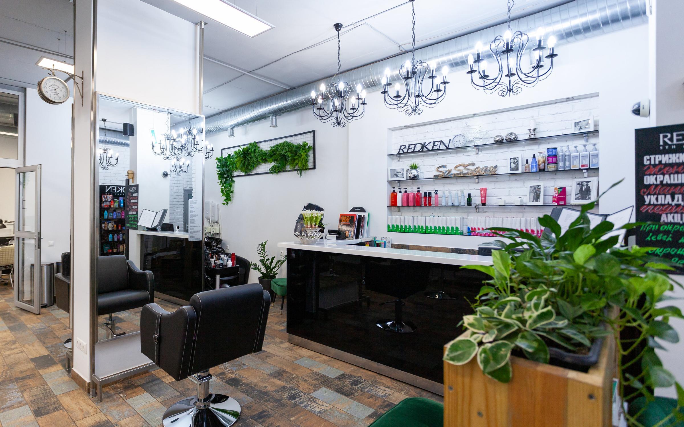 Салон красоты в ТЦ с большой базой клиентов