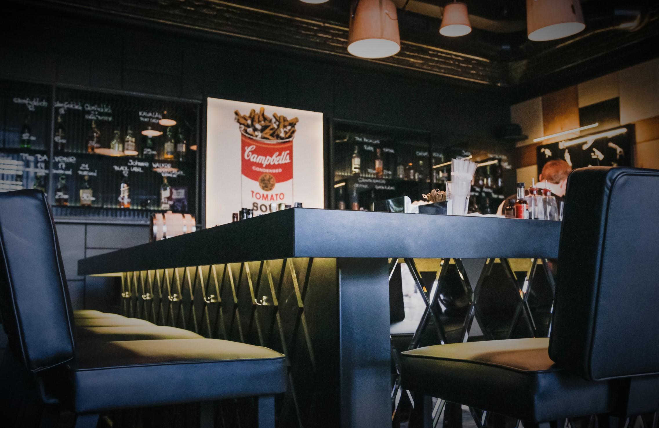 Рестобар у Исаакиевского: с лицензией на алкоголь