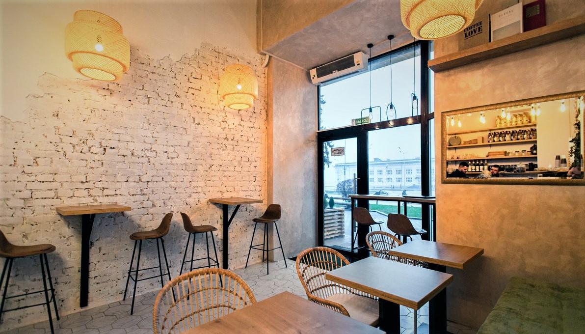 Кофейня-кондитерская в центре города