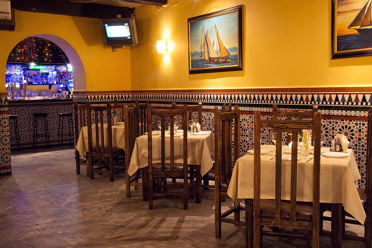 Уютный кубинский ресторан на 55 мест