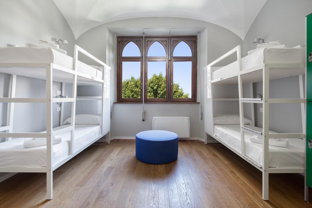 Красивый хостел на Невском - низкая аренда