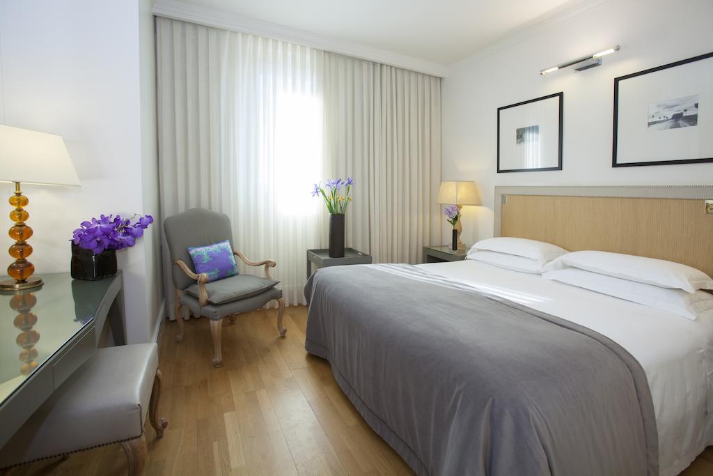 Отель в собственность – 10 номеров на Невском проспекте