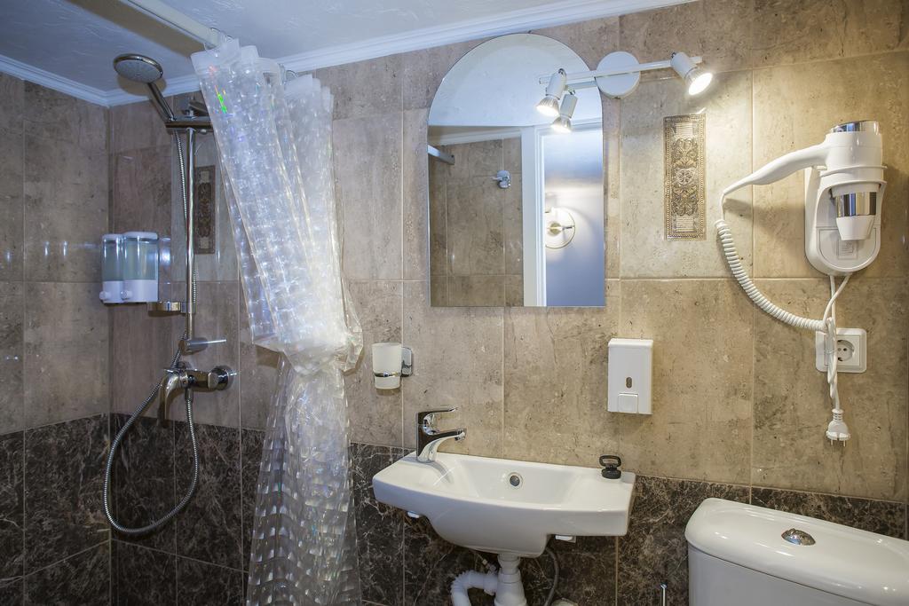 Мини-отель на 9 номеров в центре города с низкой арендой