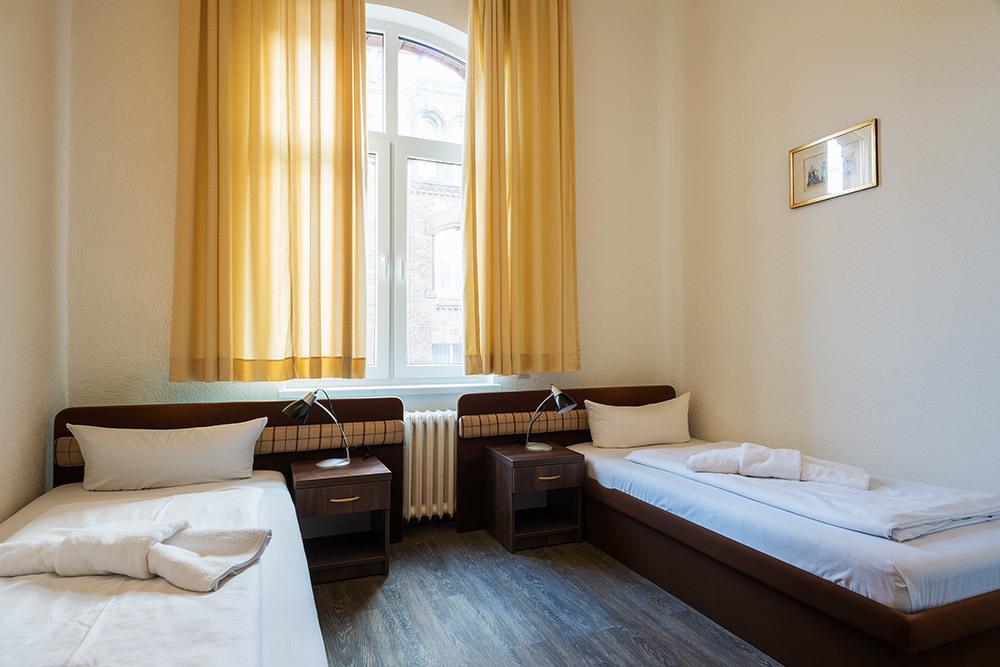 Мини-отель в собственность – 1 этаж, номера с С\У