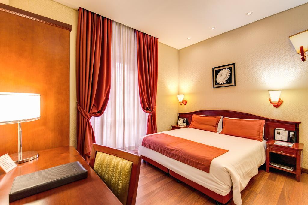 Отель в собственность с пройденной классификацией – СУ в номерах