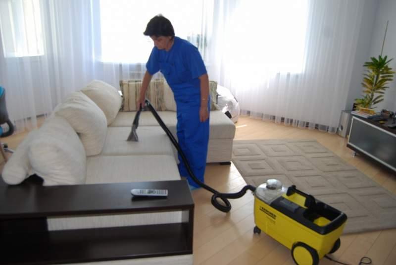 Выездная химчистка мягкой мебели