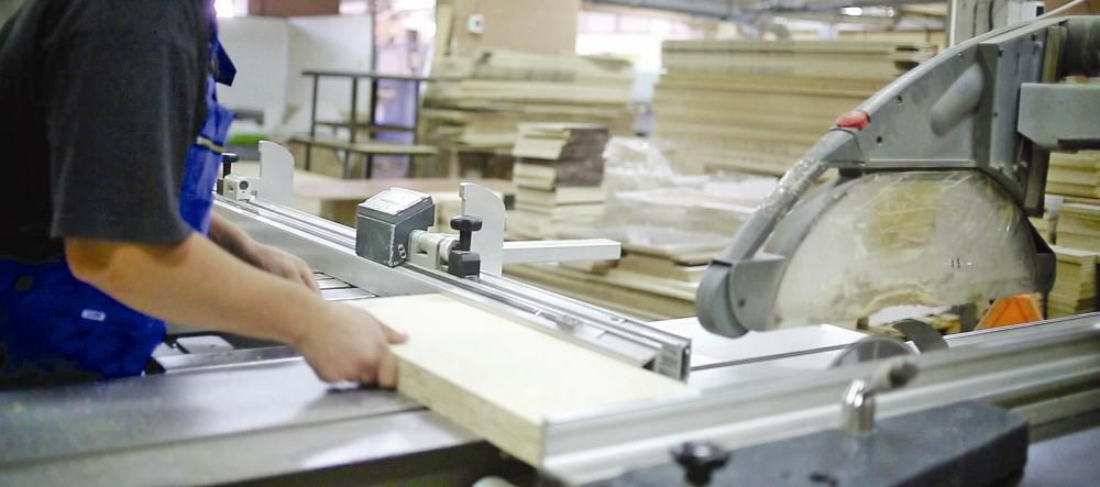 Фабрика мягкой мебели с собственными магазинами в Санкт-Петербурге