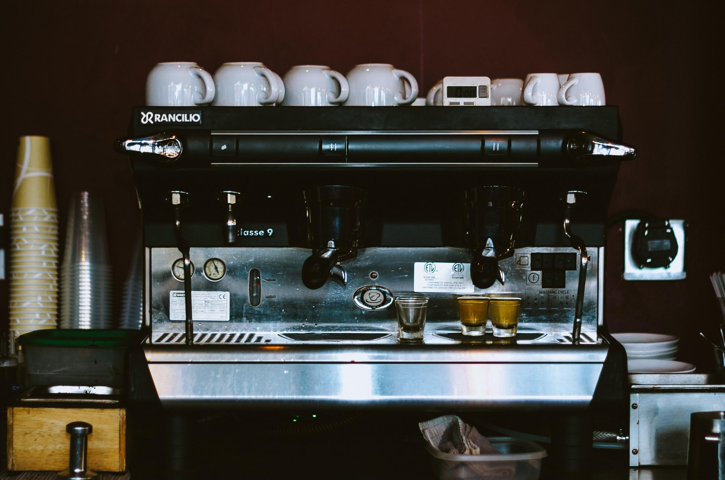 Кофейня в центре, 10 лет работы