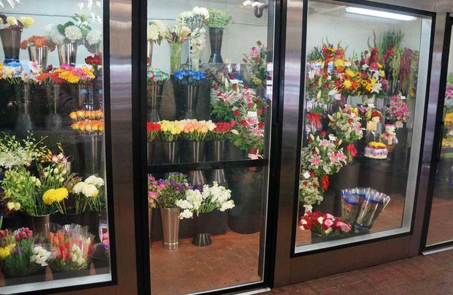 Цветочный магазин в бизнес-центре