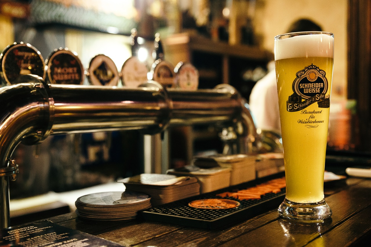 Магазин-бар разливного пива в Приморском районе